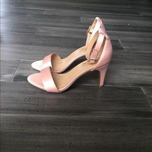 Aerosoles pink heels. Like New!💕
